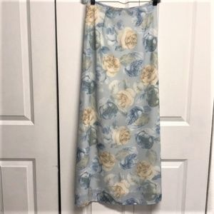 XOXO Maxi Skirt Size JR 3 Rose Floral Print